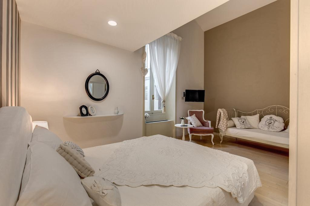 Trevi Miracle Suite