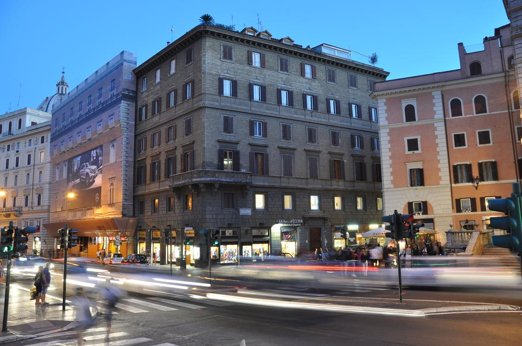Navona Rooms