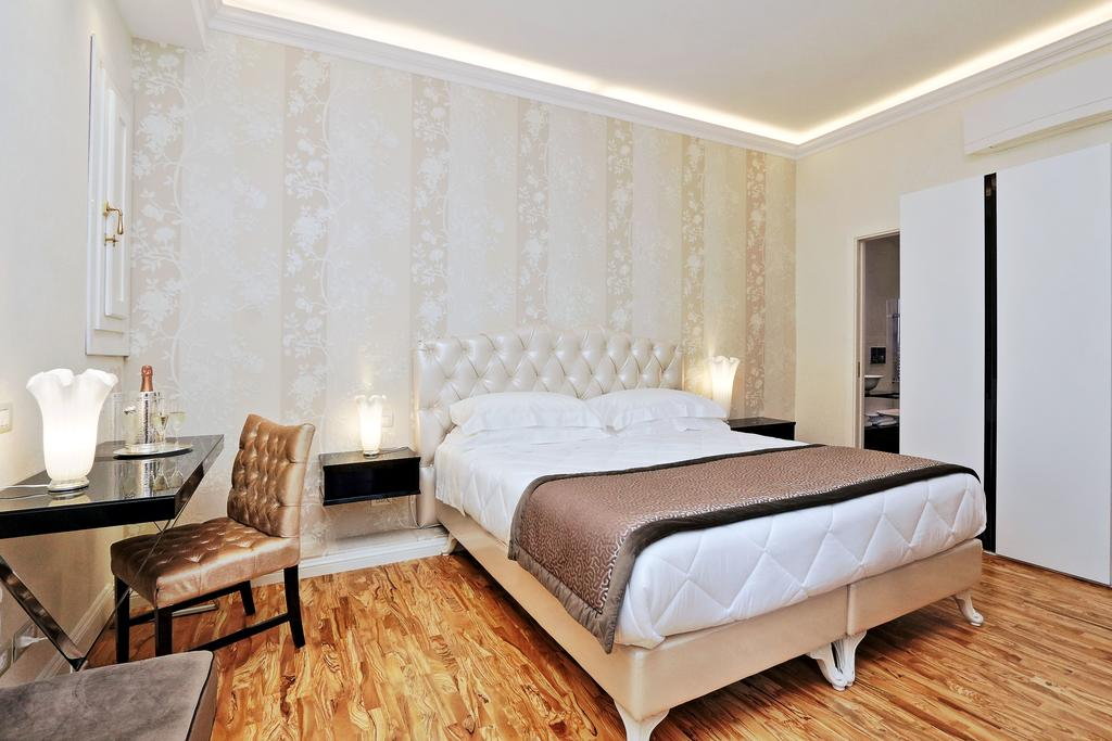 Lanza 111 - Exclusive Rooms Rome