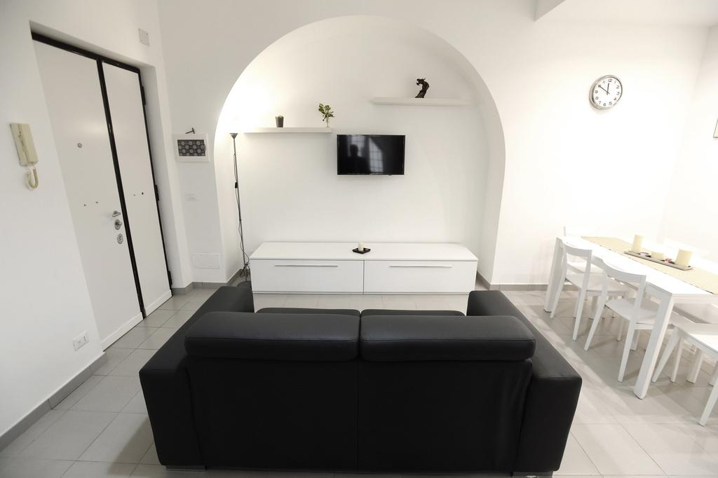 Laterano White Home - Colosseo