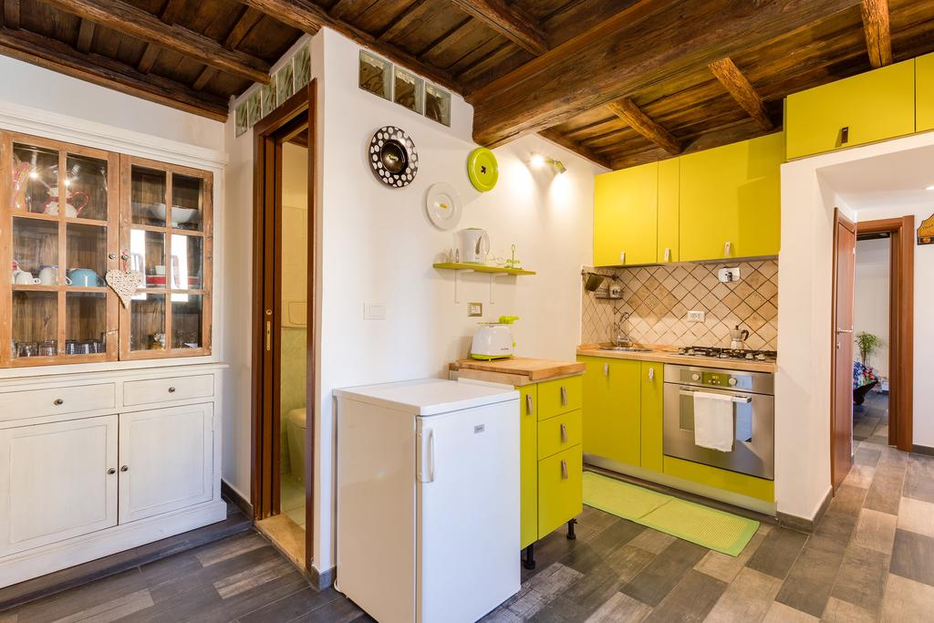 Chiavari Apartment Rome