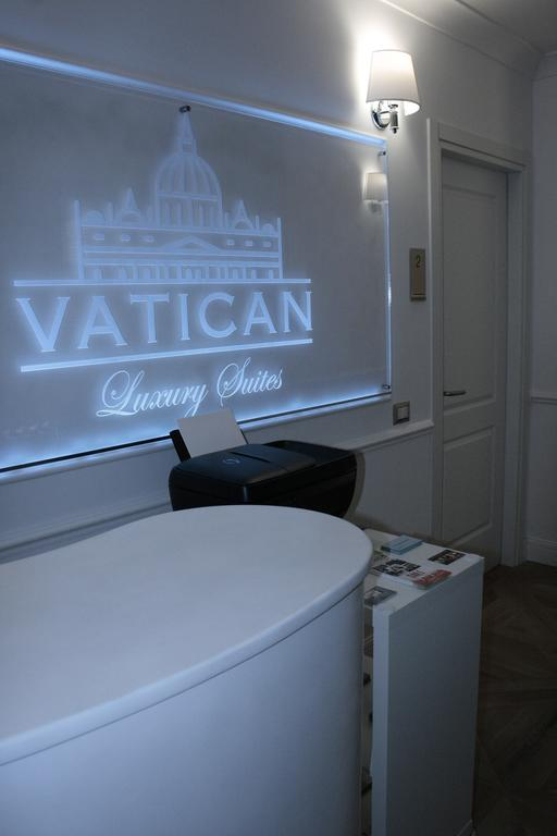 Vatican Luxury Suite