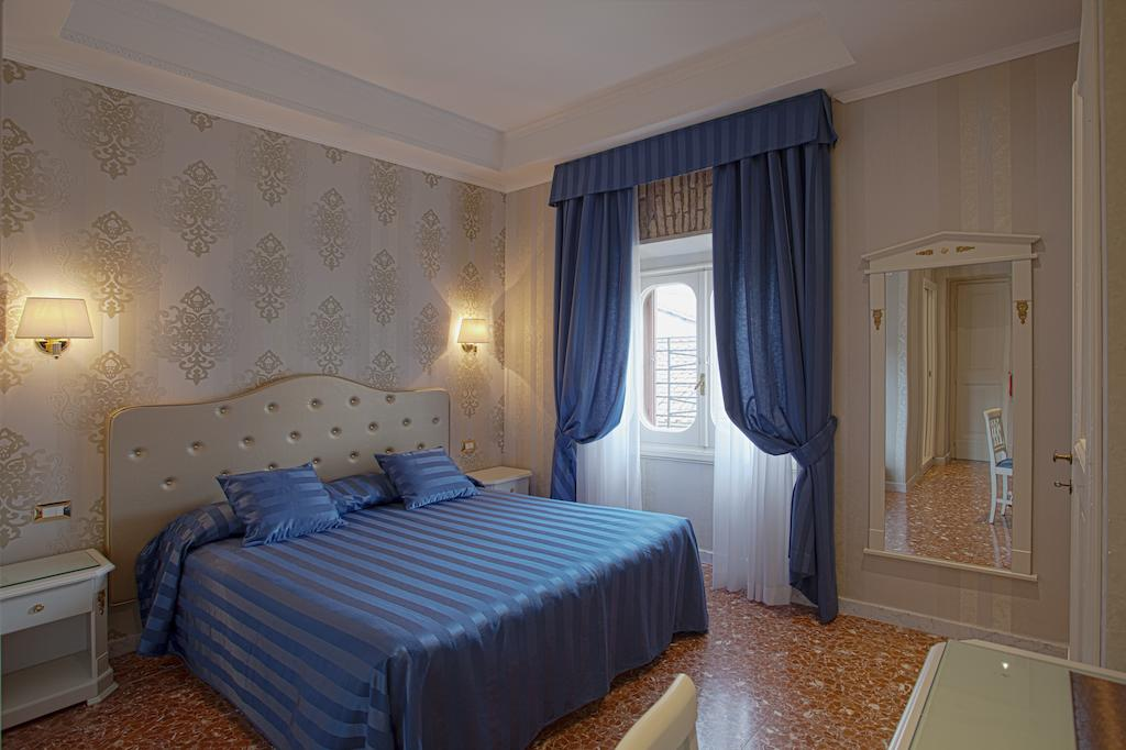 Navona Queen B&B