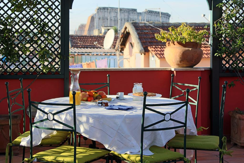 Li Rioni Bed & Breakfast Rome
