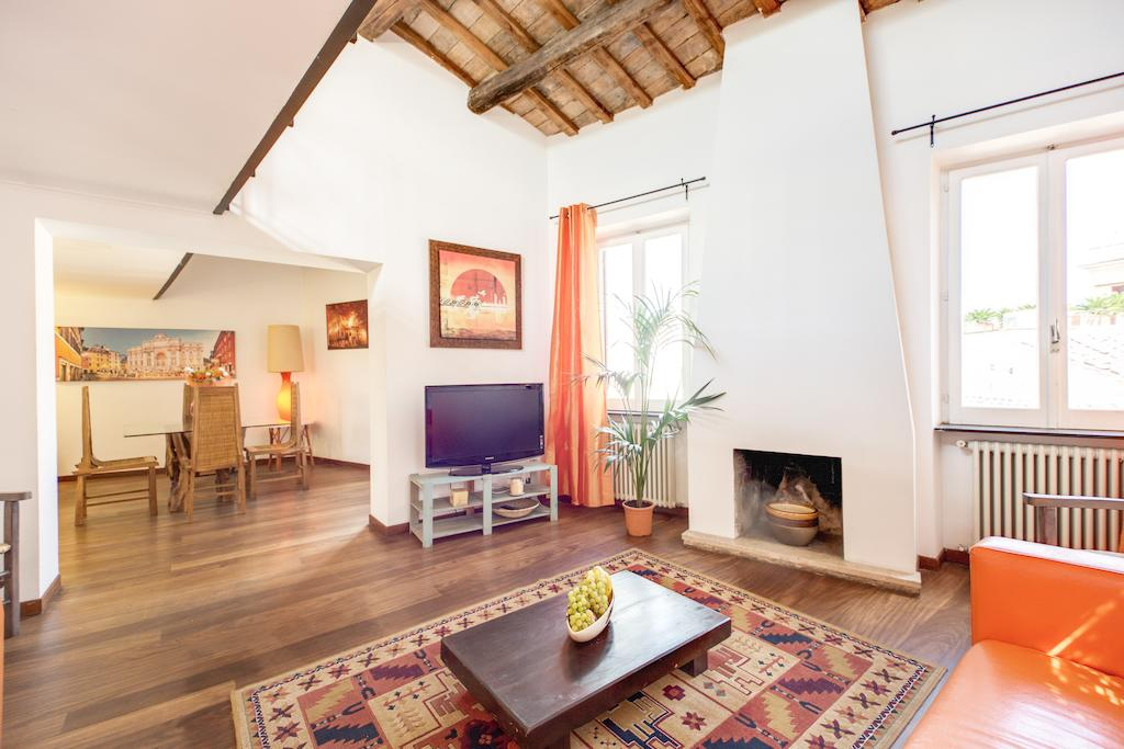 Great Luxury Penthouse Trastevere
